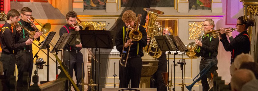Konzert: COLOURS OF BRASS